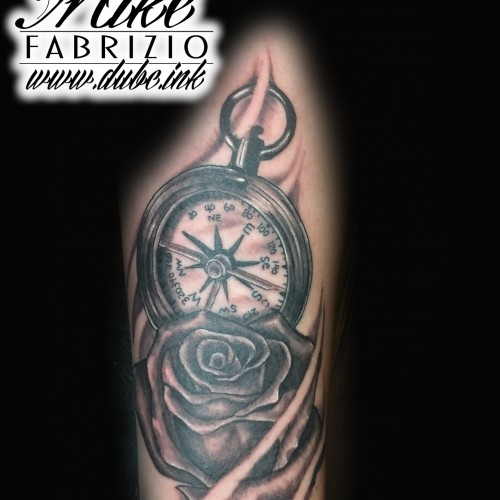 compass-and-roses